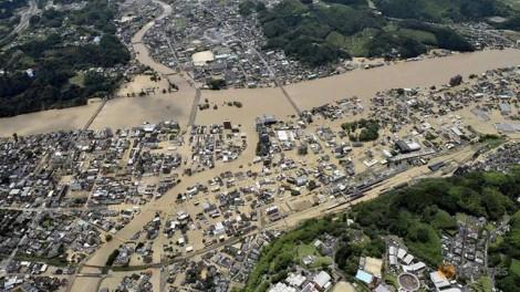 Mưa lũ lớn ở Nhật Bản, 50 người thiệt mạng