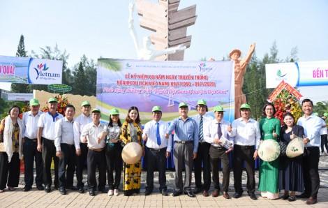 Diễu hành kỷ niệm 60 năm Ngày truyền thống ngành du lịch Việt Nam