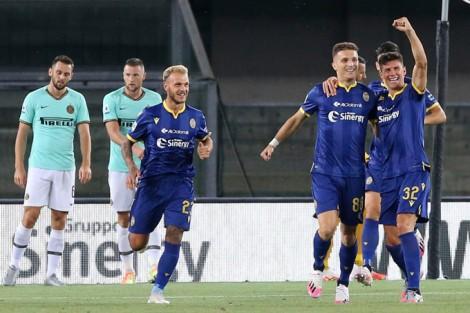 Lukaku và Sanchez im tiếng, Inter bị cầm hòa phút cuối