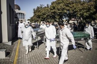COVID-19 tới 6h sáng 12-7-2020: Thế giới gần 577.000 ca tử vong, các bang Mỹ tăng kỷ lục ca nhiễm