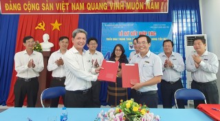 Ký kết hợp tác thanh toán tiền nước qua ứng dụng VNPT Pay