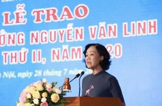 Trao Giải thưởng Nguyễn Văn Linh cho 10 cán bộ công đoàn xuất sắc
