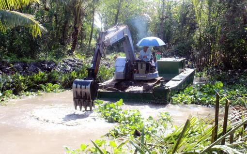 Tân Thiềng nạo vét nhiều kênh nội đồng trữ nước ngọt