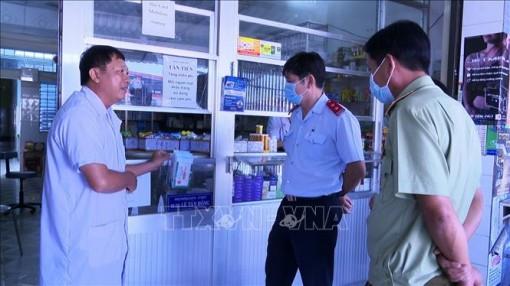 Người mua thuốc chữa bệnh đường hô hấp cần khai báo y tế điện tử