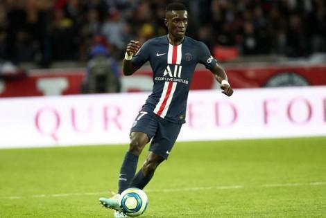 Tin bóng đá 5-8-2020: MU sẵn sàng tranh tiền vệ của PSG