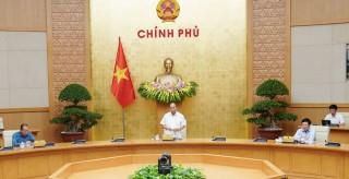 Thủ tướng: Phải tỉnh táo trong thực hiện mục tiêu kép