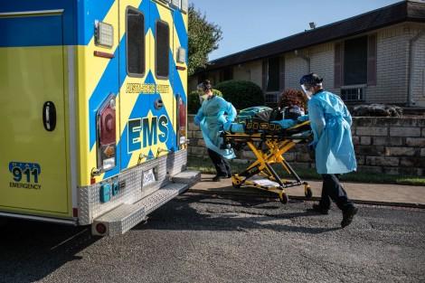Thế giới trên 240.000 ca bệnh và 5.650 người chết sau 24 giờ