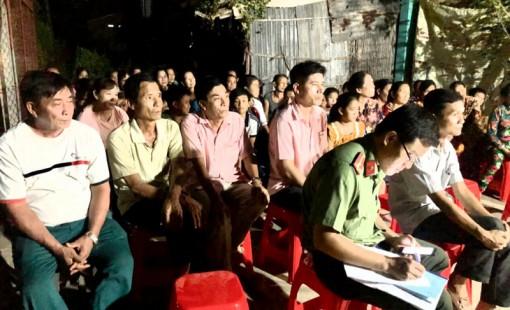 Câu lạc bộ Phụ nữ với pháp luật xã Phú Lễ hoạt động hiệu quả