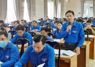 Đoàn viên, thanh niên góp ý dự thảo Văn kiện Đại hội Đảng bộ tỉnh và Trung ương
