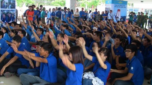 Trường Cao đẳng Đồng Khởi với nhiều hoạt động hướng về cộng đồng