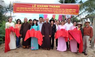 Bí thư Huyện ủy Ba Tri dự lễ khánh thành cầu