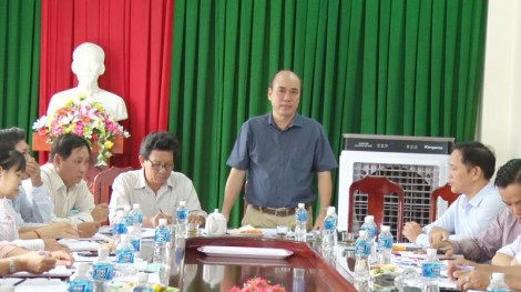 Thành ủy Bến Tre làm việc với Ban Chấp hành Đảng bộ xã Phú Hưng