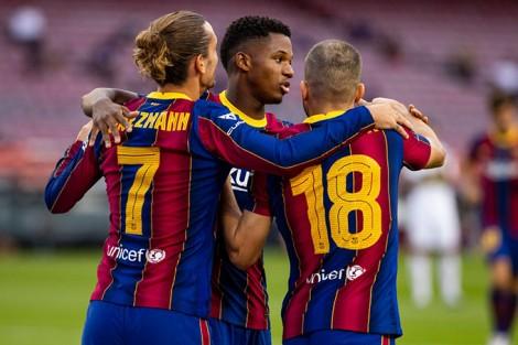 Đánh bại tân binh Elche, Barca vô địch Joan Gamper Trophy