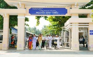 Vun đắp truyền thống hiếu học xứ Dừa