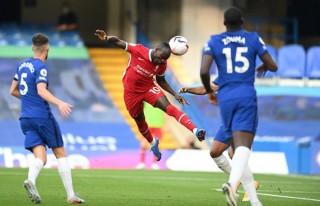 Kepa 'nghịch dại' góp công giúp Liverpool giành 3 điểm