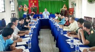 Bình Đại kiểm tra công tác phòng chống thiên tai tại xã Thừa Đức