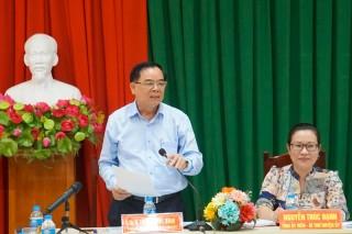 Phó bí thư Thường trực Tỉnh ủy làm việc với Huyện ủy Giồng Trôm