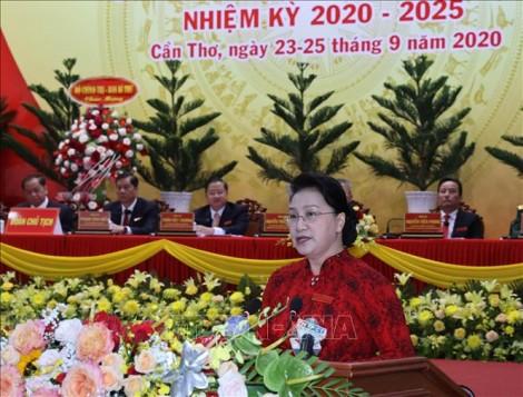 Chủ tịch Quốc hội Nguyễn Thị Kim Ngân dự Đại hội Đảng bộ thành phố Cần Thơ