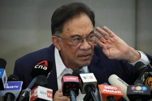 Căng thẳng tiếp tục leo thang trên chính trường Malaysia