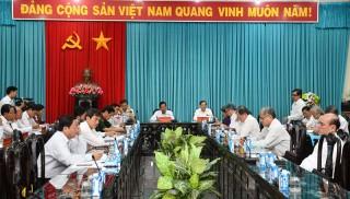 Hội nghị Tỉnh ủy đột xuất cho ý kiến về công tác chuẩn bị văn kiện, nhân sự Đại hội XI Đảng bộ tỉnh