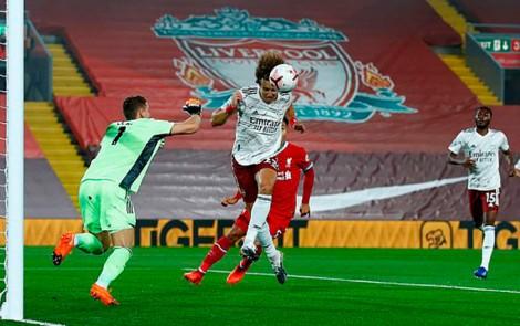 Jota ghi bàn ngay trận ra mắt The Kop