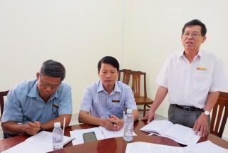 Thường trực Huyện ủy Thạnh Phú làm việc với Khối vận huyện
